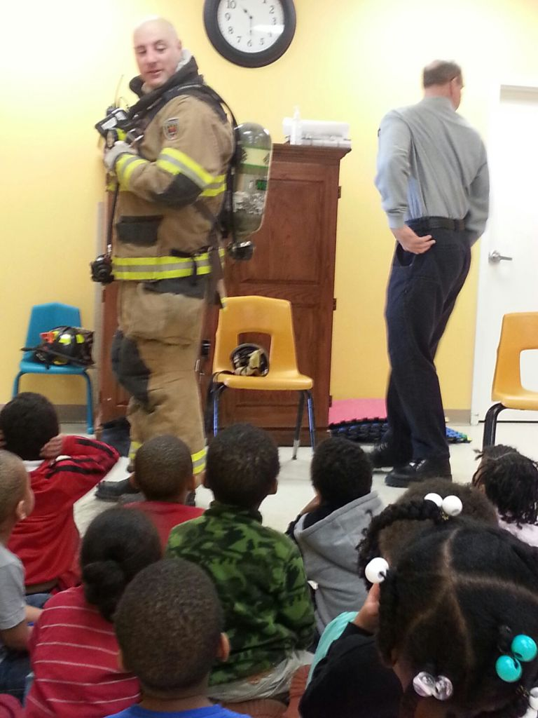 community helpers firefighter 2 2014